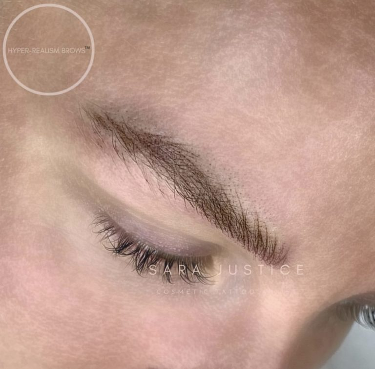 Hyper-realism Brows- undetectable makeup